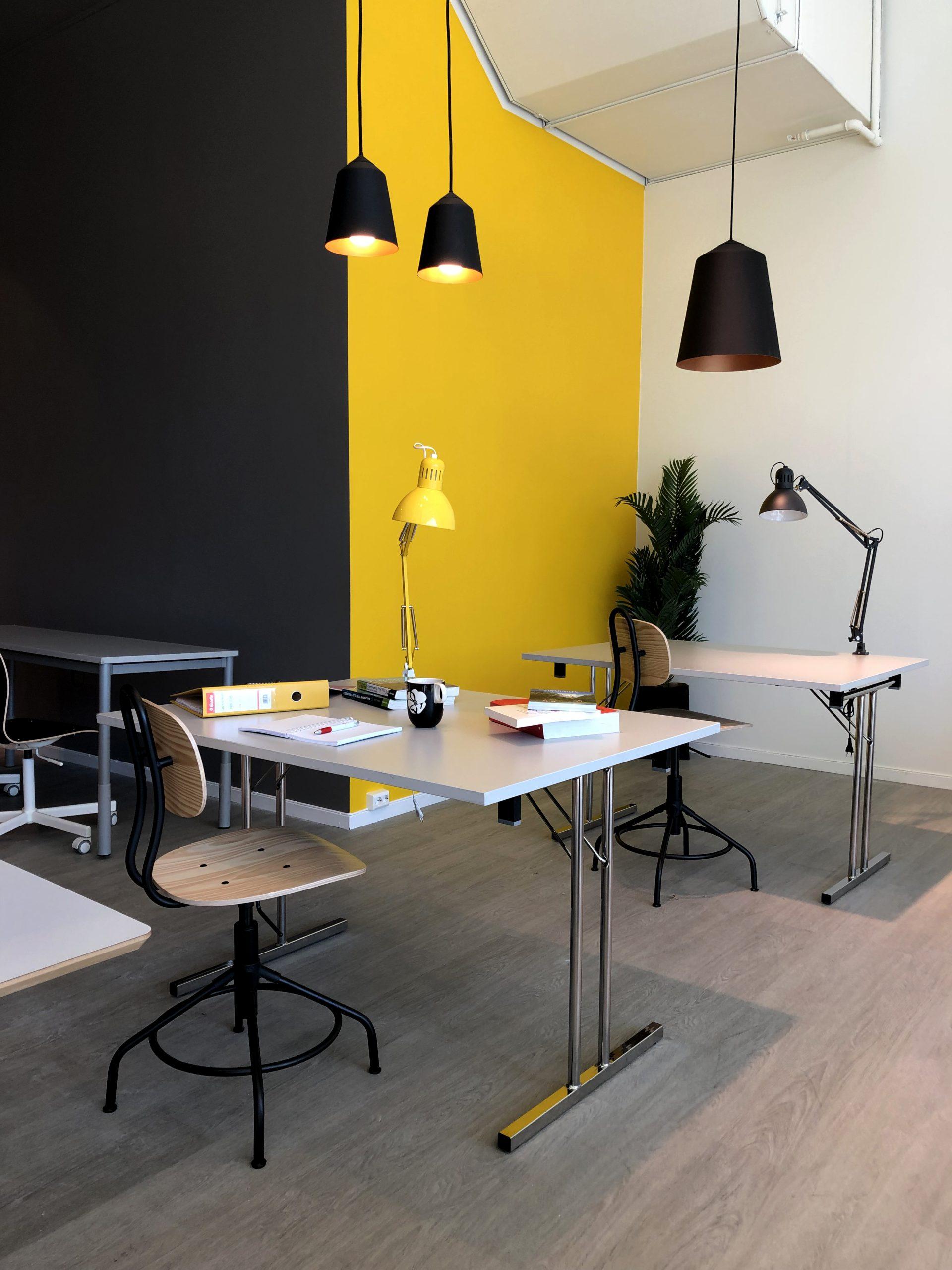 Sirkus Shopping i Trondheim har Flexiwork som er et kontorlandskap hvor du kan bestille deg kontorplass for en dag.