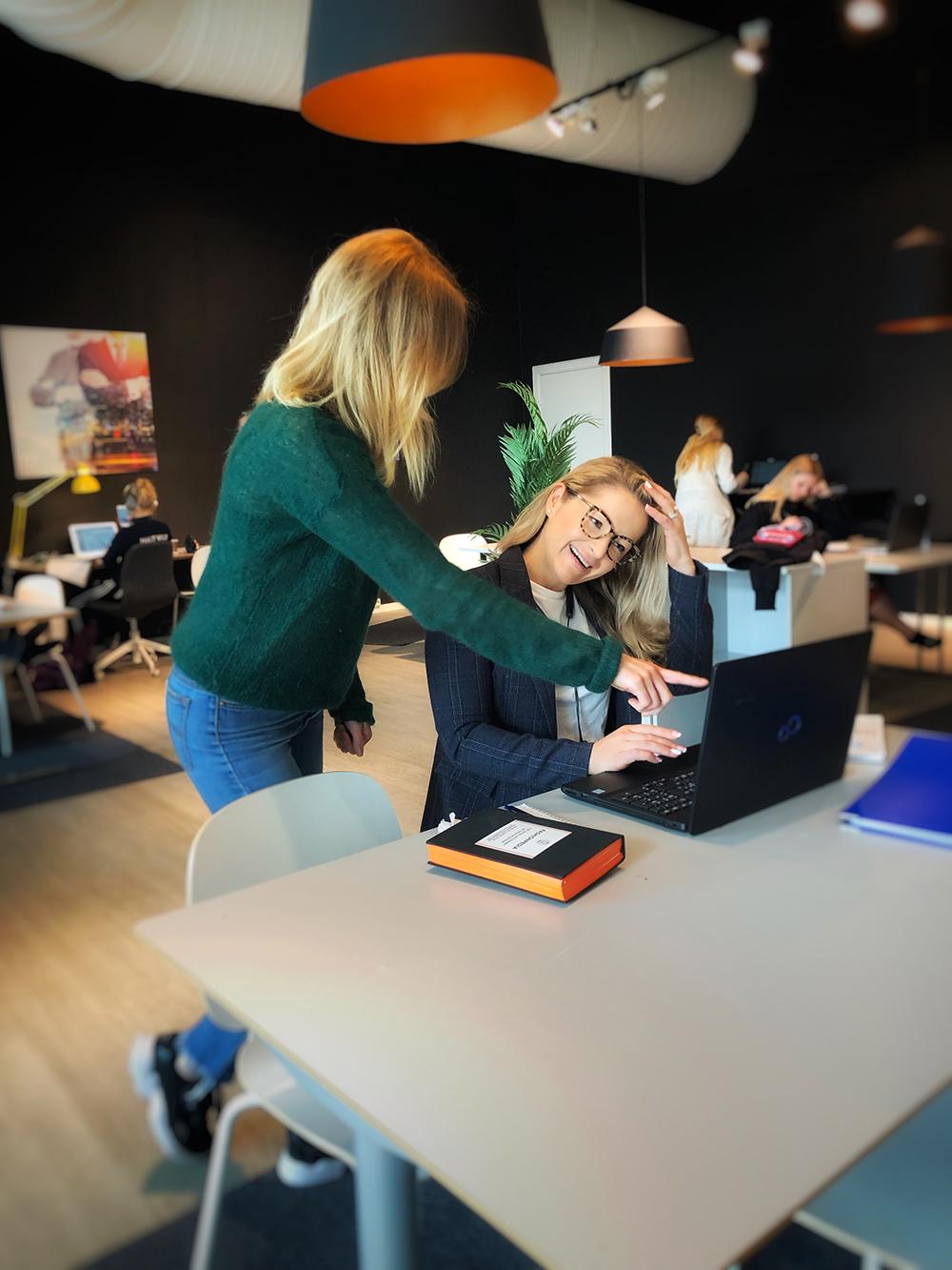 Sirkus Shopping har Flexiwork som er et kontorlandskap hvor du kan bestille deg kontorplass for en dag.